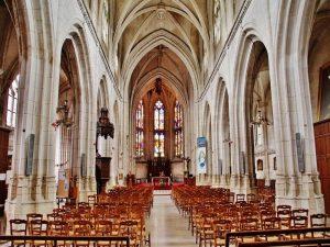 Église St-Pierre et St-Paul à Aumale